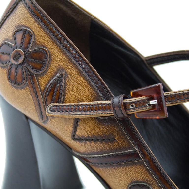 2000's Prada Appliqué Antiqued Leather Mary Janes In Excellent Condition For Sale In Toronto, Ontario