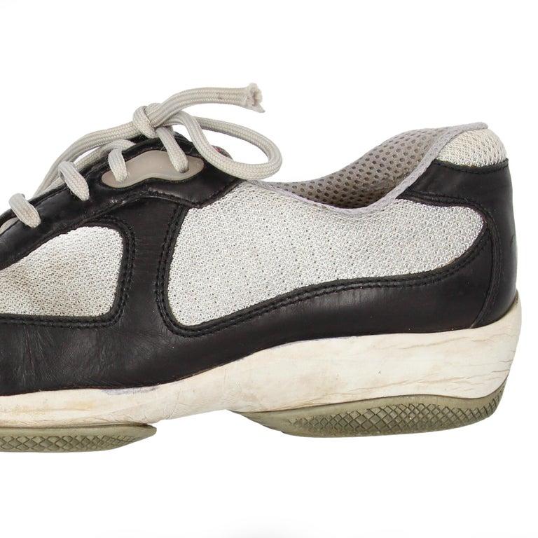 2000s Prada Bicolor Lace-up Shoes For Sale 5