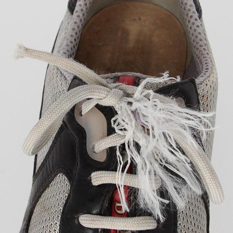 2000s Prada Bicolor Lace-up Shoes For Sale 7