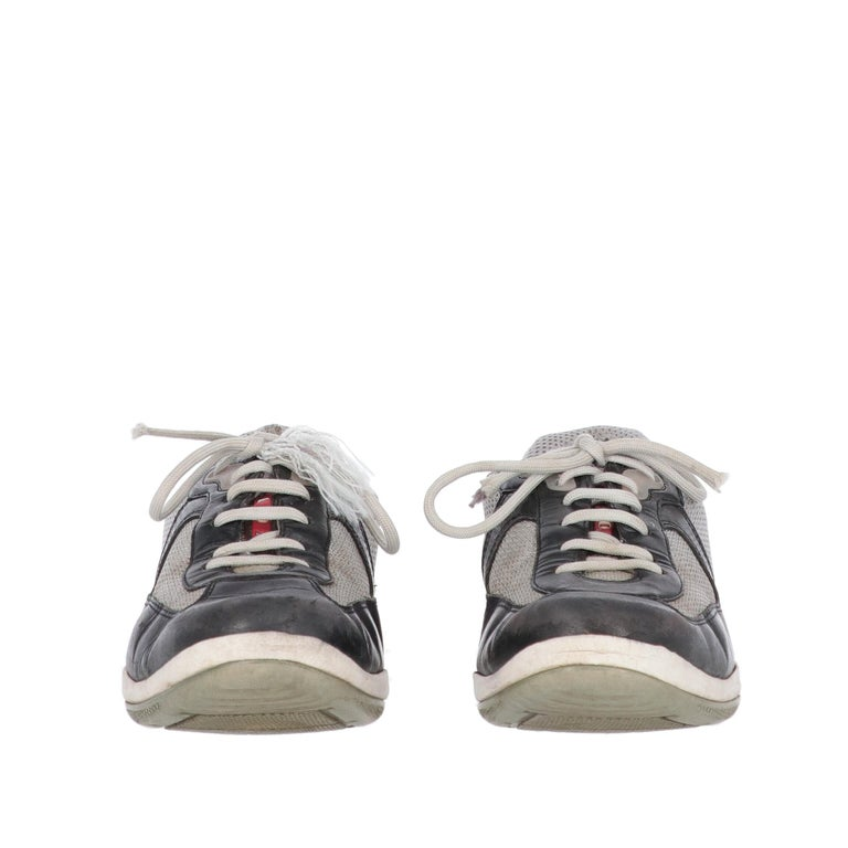 Gray 2000s Prada Bicolor Lace-up Shoes For Sale
