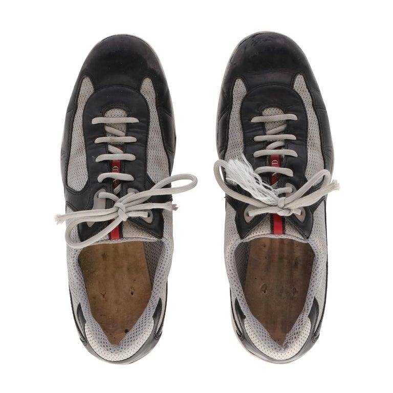 2000s Prada Bicolor Lace-up Shoes For Sale 1