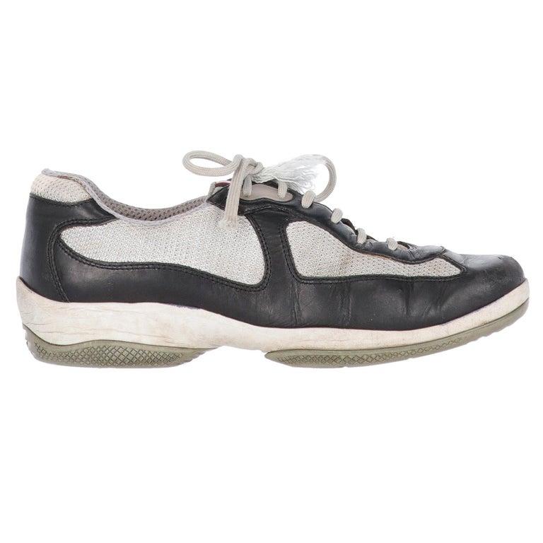 2000s Prada Bicolor Lace-up Shoes For Sale