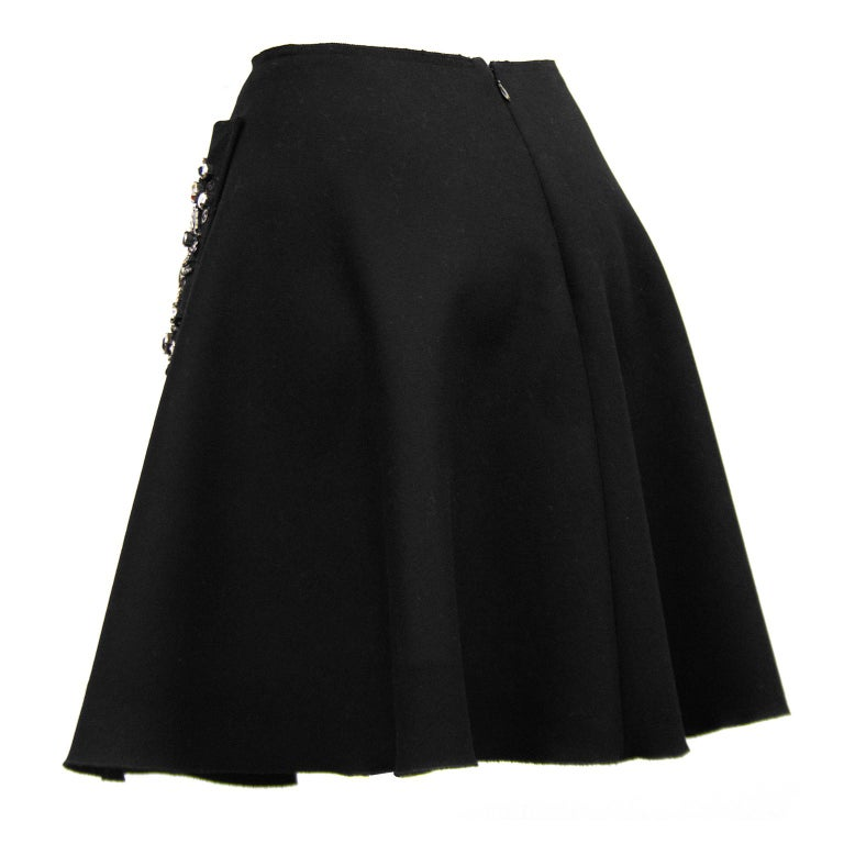 2000s Prada Black Hand Beaded Embellished Skirt  In Good Condition For Sale In Toronto, Ontario