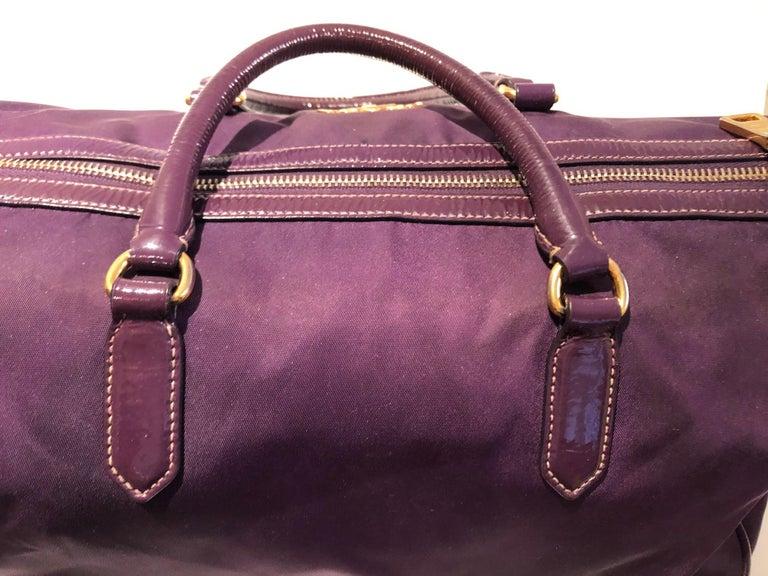 Women's or Men's 2000s Prada purple tessuto nylon double handle bag For Sale