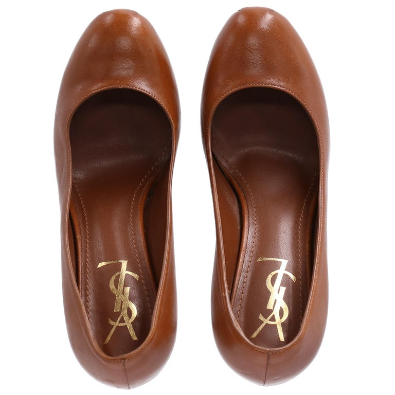 Women's 2000s Yves Saint Laurent Brown Leather Tribtoo Pumps For Sale