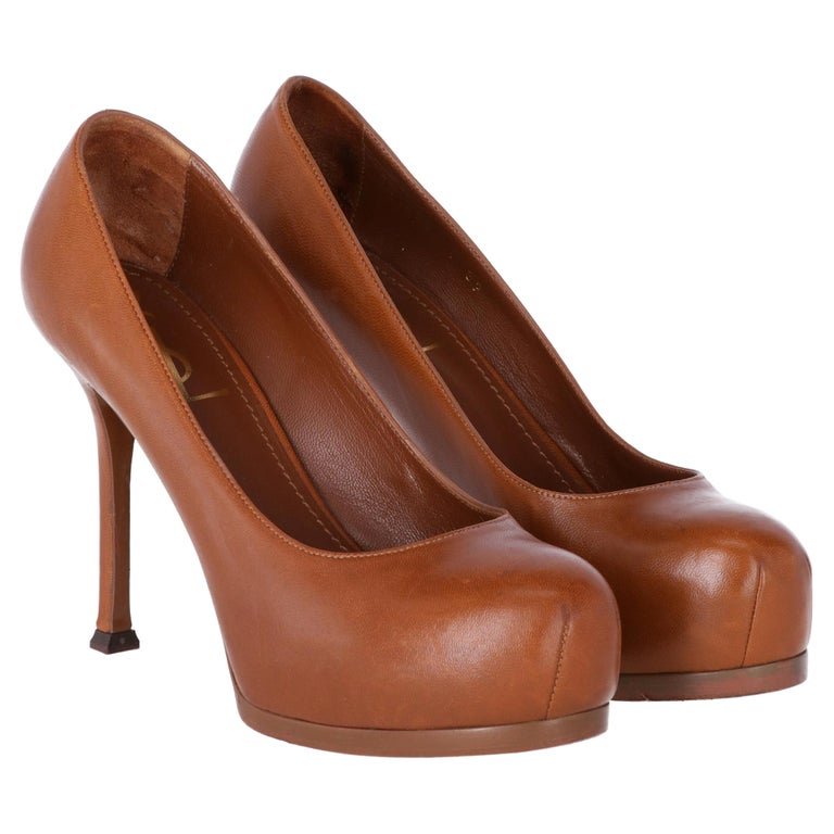2000s Yves Saint Laurent Brown Leather Tribtoo Pumps For Sale