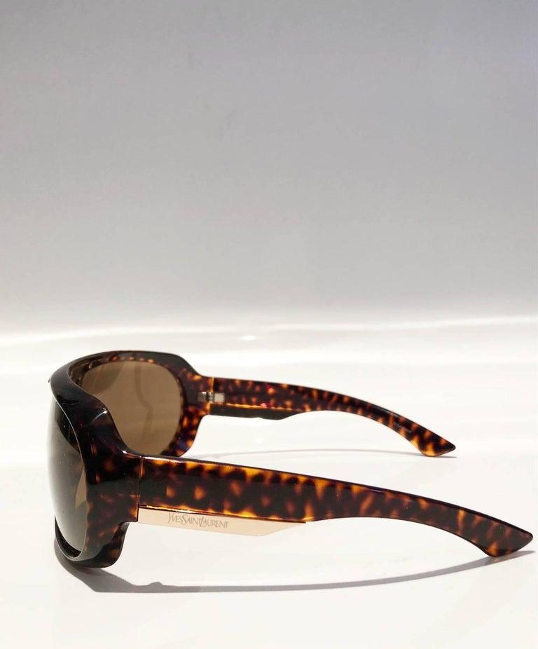 2000s Yves Saint Laurent Havana Brown 2199/s Mask Sunglasses  For Sale 3