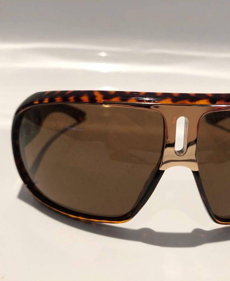 2000s Yves Saint Laurent Havana Brown 2199/s Mask Sunglasses  For Sale 4