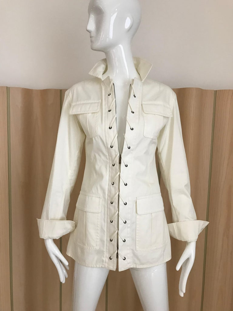 2000s Yves Saint Laurent White Cotton Safari Jacket  In Excellent Condition For Sale In Beverly Hills, CA