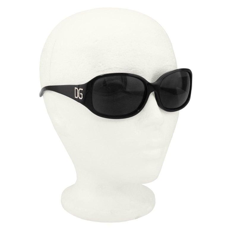 2000sDolce & Gabbana Black Sunglasses In Good Condition In Toronto, Ontario