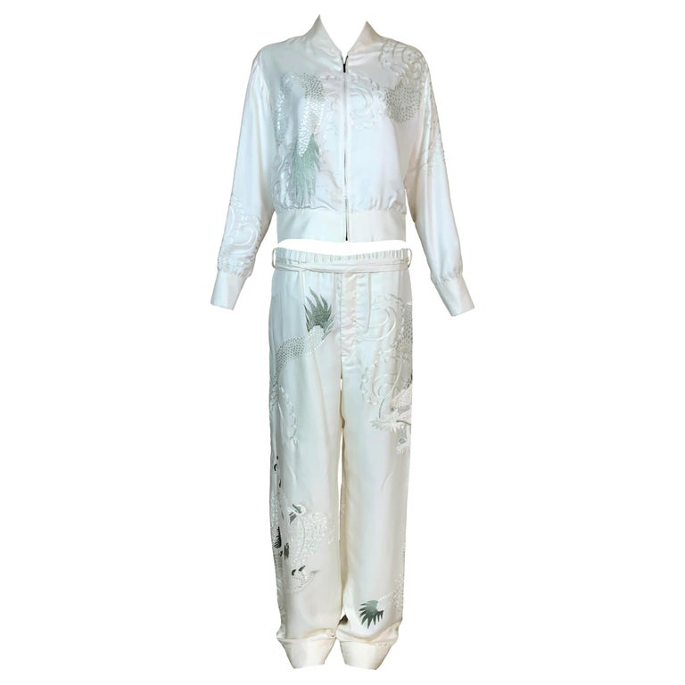 2001 Gucci Tom Ford Ivory Silk Chinese Dragon Embroidered Jacket Pant Tracksuit For Sale