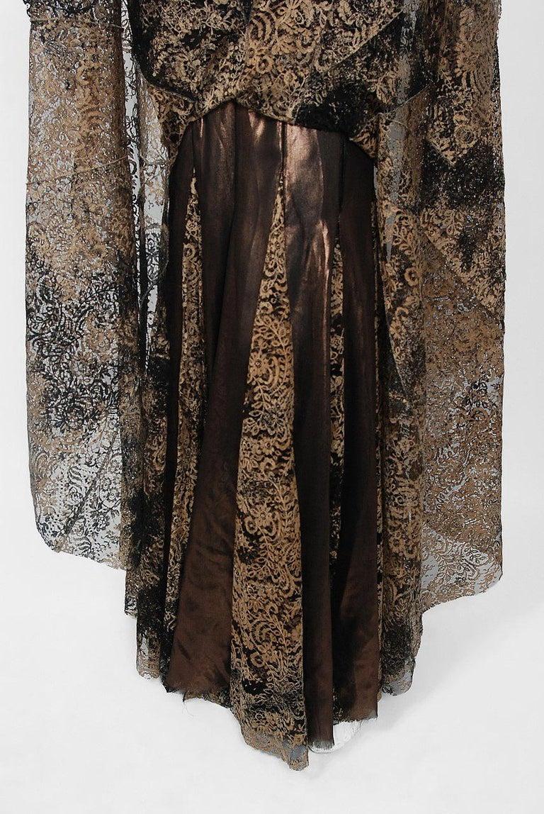 2002 Alexander McQueen Lifetime Runway Lace & Metallic Silk Corset Fishtail Gown For Sale 7