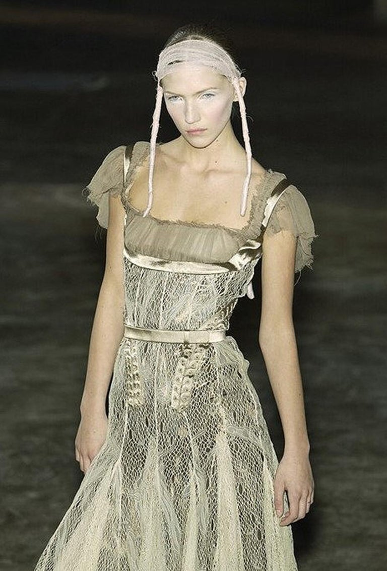 2002 Alexander McQueen Lifetime Runway Lace & Metallic Silk Corset Fishtail Gown For Sale 8