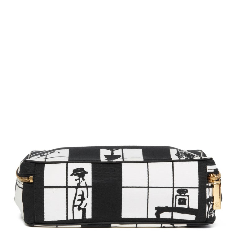 2002 Chanel Black & White Canvas 'Window Line' Toiletry Pouch For Sale 1