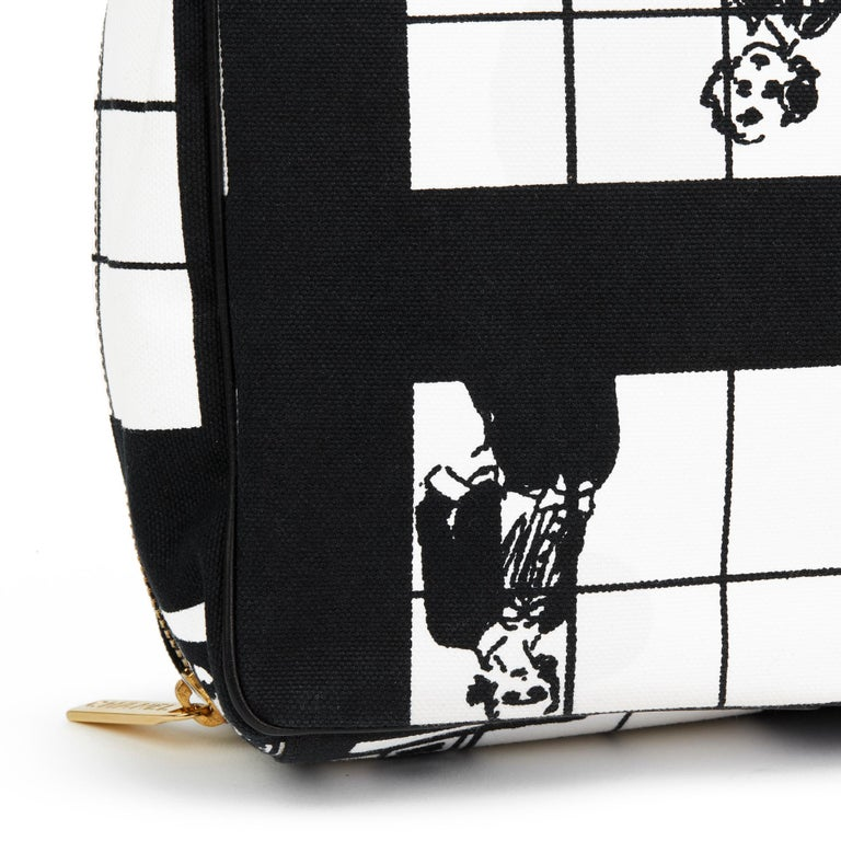 2002 Chanel Black & White Canvas 'Window Line' Toiletry Pouch For Sale 3