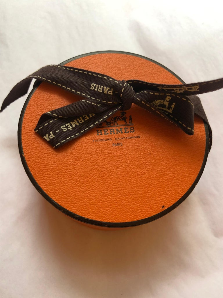 Women's or Men's 2002 ( F) Hermes Kelly Palladium and Black Leather Men/Women Choker w/Box For Sale