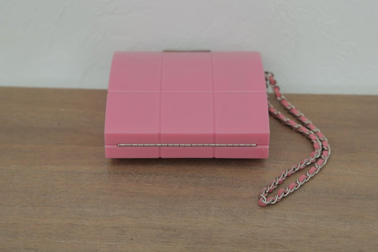 2002s Rare Chanel Perspex Lucite Minaudiere Pink Plastic Clutch For Sale 1