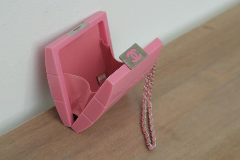 2002s Rare Chanel Perspex Lucite Minaudiere Pink Plastic Clutch For Sale 4