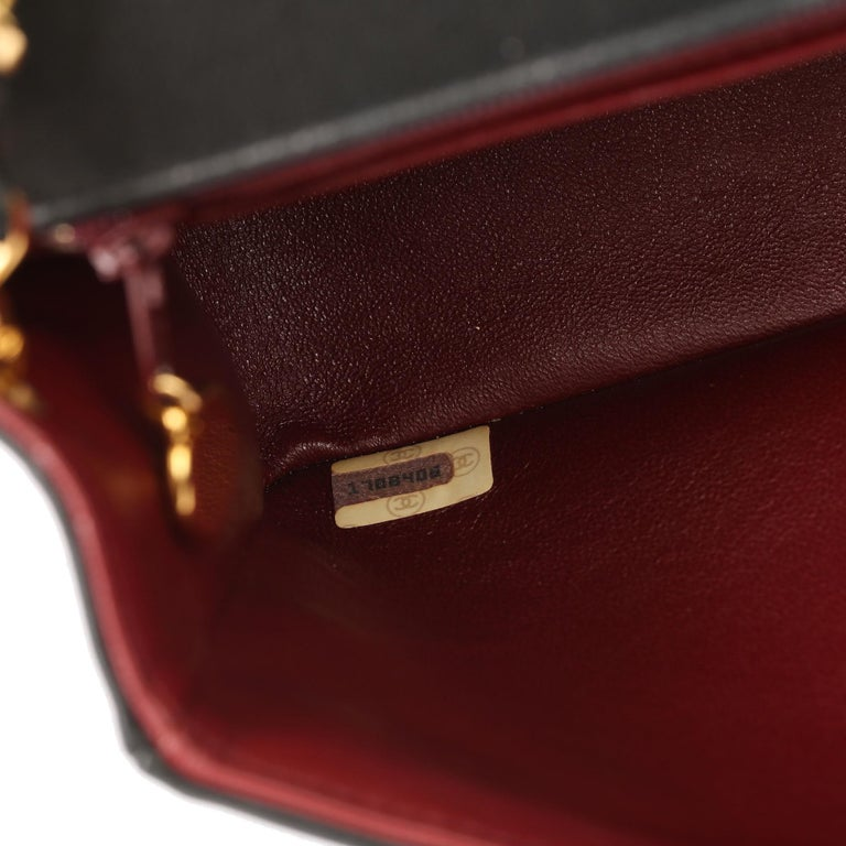 2003 Chanel Black Quilted Lambskin Medium Diana Classic Single Flap Bag 5