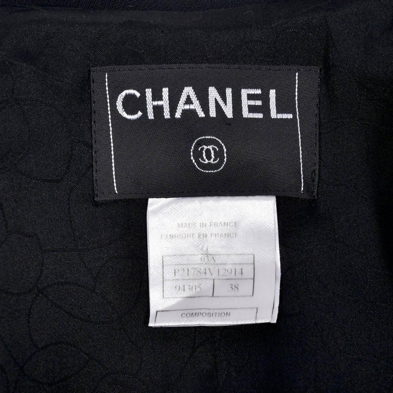 2003 Chanel Jacket Black Wool Blazer W Satin Stripes in Size 38 For Sale 6