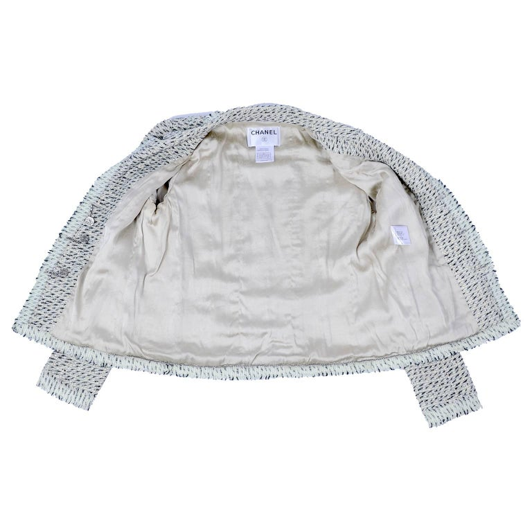 2004 Chanel Jacket in Lessage Fantasy Tweed Fringe & Rhinestone CC Logo Buttons For Sale 2
