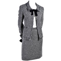 2004 Chanel Suit Black & White Lesage Tweed W Bows & Fringe