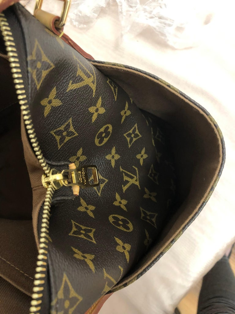 2014 Louis Vuitton Monogram Total MM Tote For Sale 4