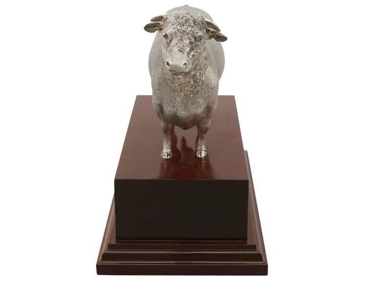 2004 Sterling Silver Presentation Bull For Sale 2
