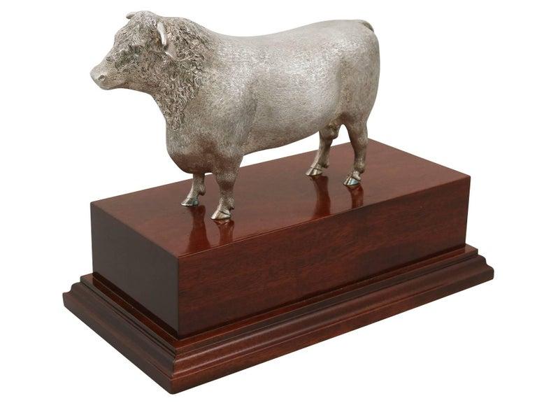 2004 Sterling Silver Presentation Bull For Sale 3