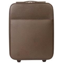 2005 Louis Vuitton Brown Taiga Leather Pegase 45 Rolling Case