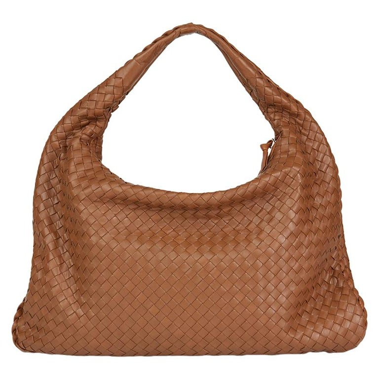 988febcf10 2007 Bottega Veneta Light Brown Woven Lambskin Leather Medium Veneta Bag  For Sale