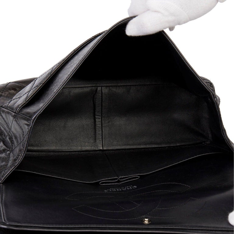 2007 Chanel Black Quilted Metallic Aged Calfskin 2.55 Reissue Double Flap Bag For Sale 6