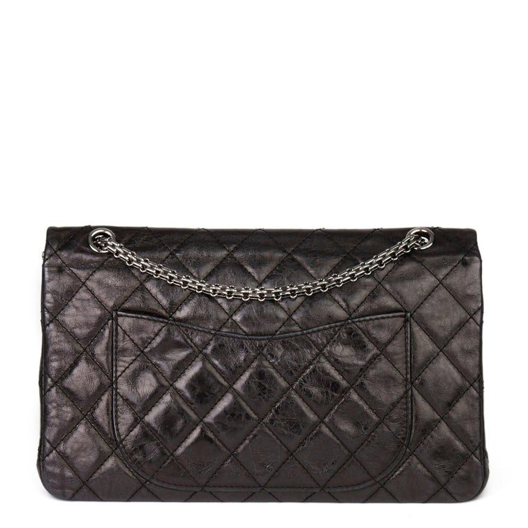 Women's 2007 Chanel Black Quilted Metallic Aged Calfskin 2.55 Reissue Double Flap Bag For Sale