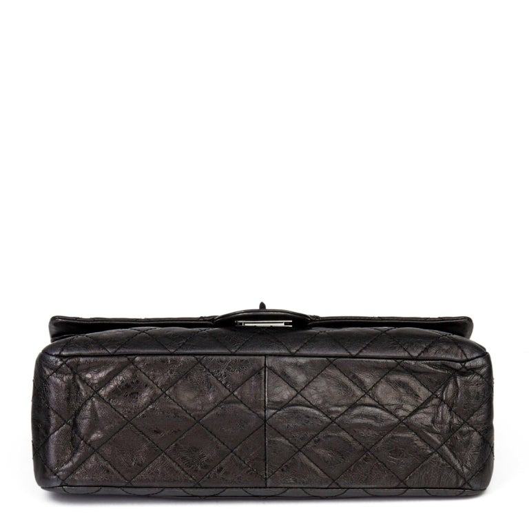2007 Chanel Black Quilted Metallic Aged Calfskin 2.55 Reissue Double Flap Bag For Sale 1