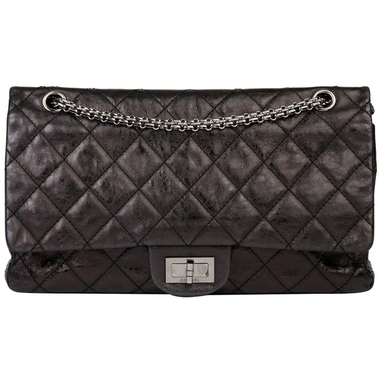2007 Chanel Black Quilted Metallic Aged Calfskin 2.55 Reissue Double Flap Bag For Sale