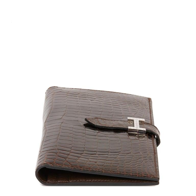 Women's 2007 Hermès Havane Shiny Porosus Crocodile Leather Diamond Bearn Wallet For Sale