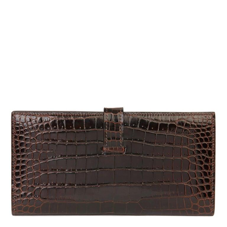 2007 Hermès Havane Shiny Porosus Crocodile Leather Diamond Bearn Wallet For Sale 1