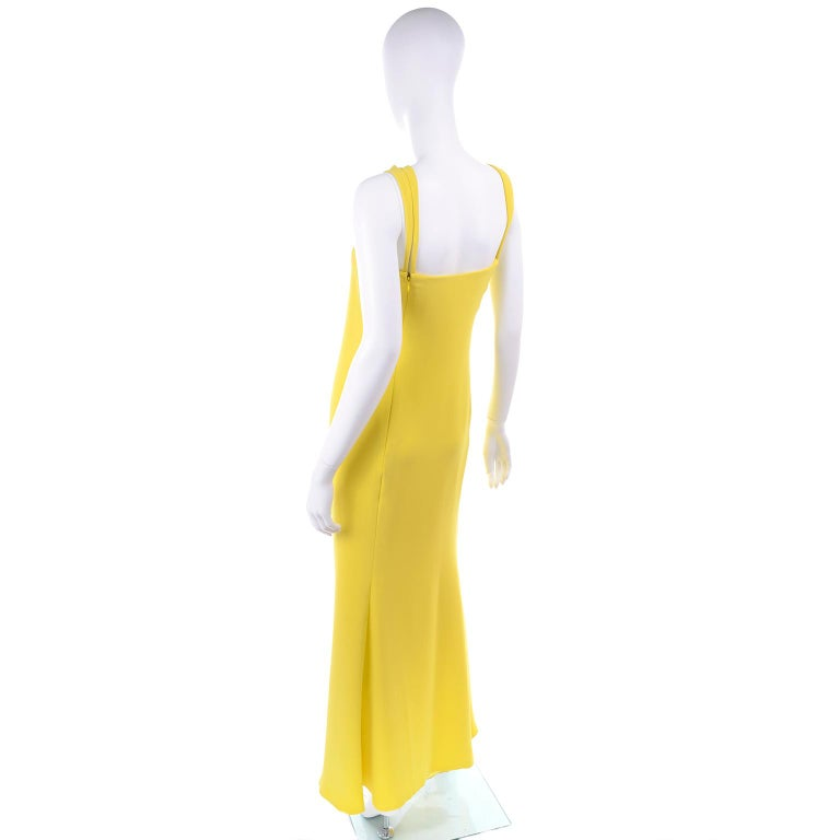 2008 Oscar de la Renta Runway Chartreuse Yellow Green Silk Evening Dress In Excellent Condition For Sale In Portland, OR