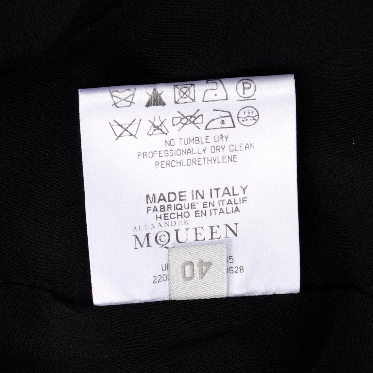 2009 Alexander McQueen Black Silk Cutaway Cropped Tuxedo Jacket With Tails For Sale 12