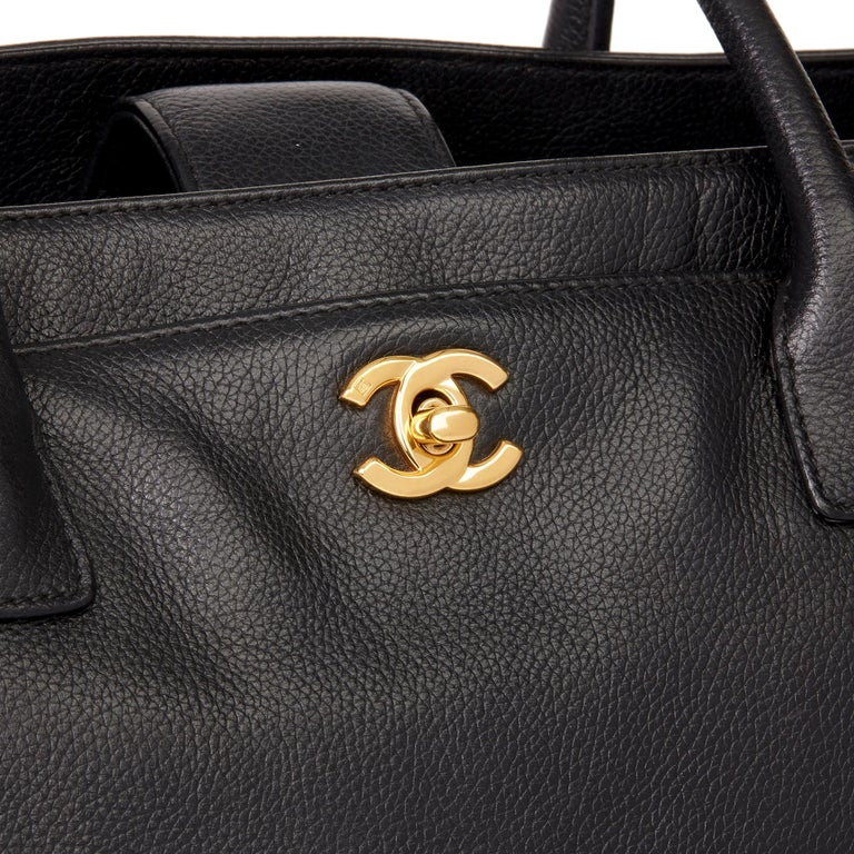 2009 Chanel Black Calfskin Leather Cerf Tote For Sale 3