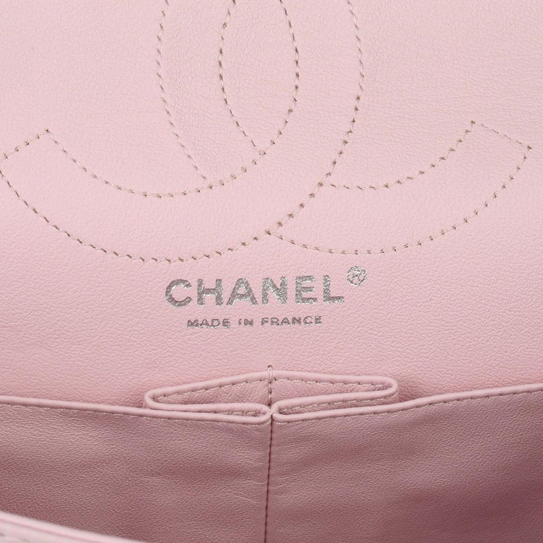 2009 Chanel Sakura Pink Quilted Lambskin 2.55 Reissue 226 Flap Bag For Sale 5