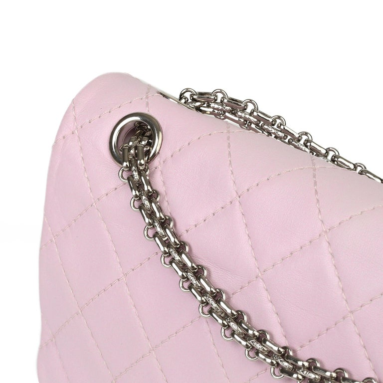 2009 Chanel Sakura Pink Quilted Lambskin 2.55 Reissue 226 Flap Bag For Sale 3