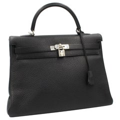 2009 Hermès Kelly 35 in black Clemence leather