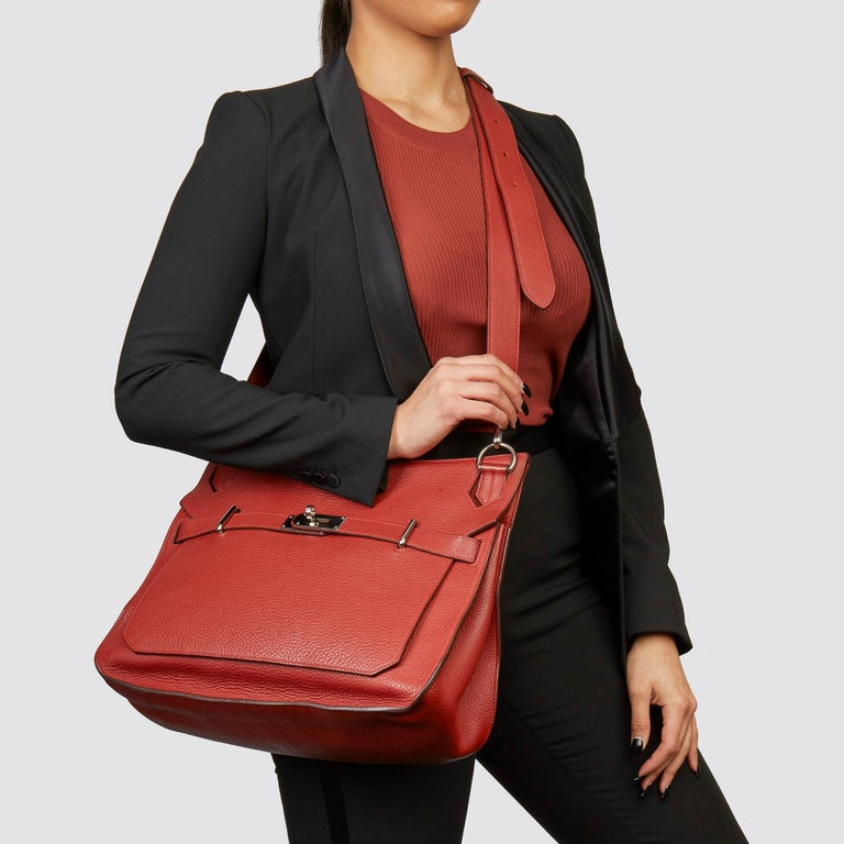 HERMÈS Rouge H Togo Leather Jypsiere 37   Xupes Reference: CB221 Serial Number: M Age (Circa): 2009 Accompanied By: Hermès Dust Bag Authenticity Details: Date Stamp (Made in France) Gender: Ladies Type: Shoulder, Crossbody  Colour: Rouge H Hardware: