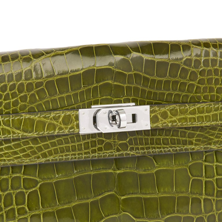 2009 Hermès Vert Perlouse Shiny Alligator Leather Kelly Long Wallet For Sale 3