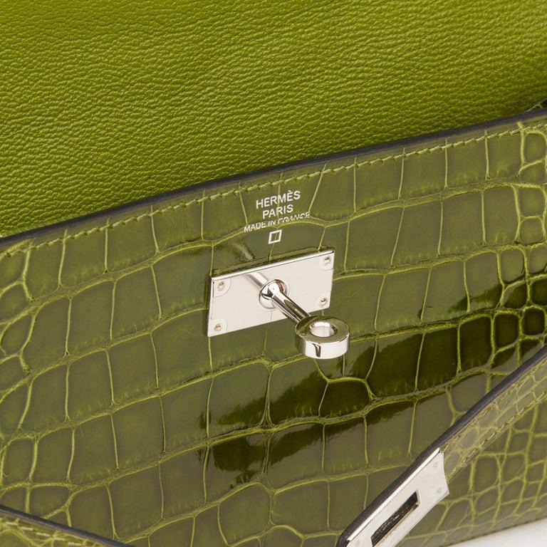 2009 Hermès Vert Perlouse Shiny Alligator Leather Kelly Long Wallet For Sale 4