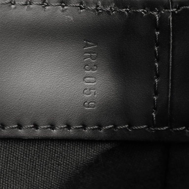 2009 Louis Vuitton Black Epi Leather & Black Calfskin Leather Beverly Bag For Sale 6