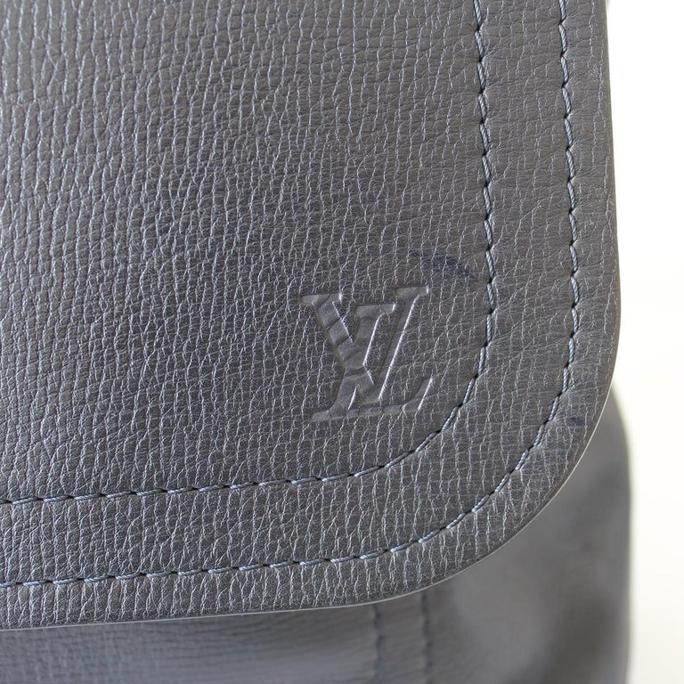 2009 Louis Vuitton Messenger Bag In Good Condition For Sale In Gazzaniga (BG), IT