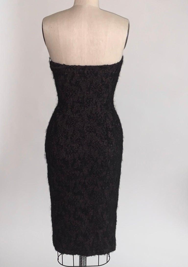 Women's 2009 Runway Bottega Veneta Black and Pink Strapless Mohair Boucle Dress For Sale
