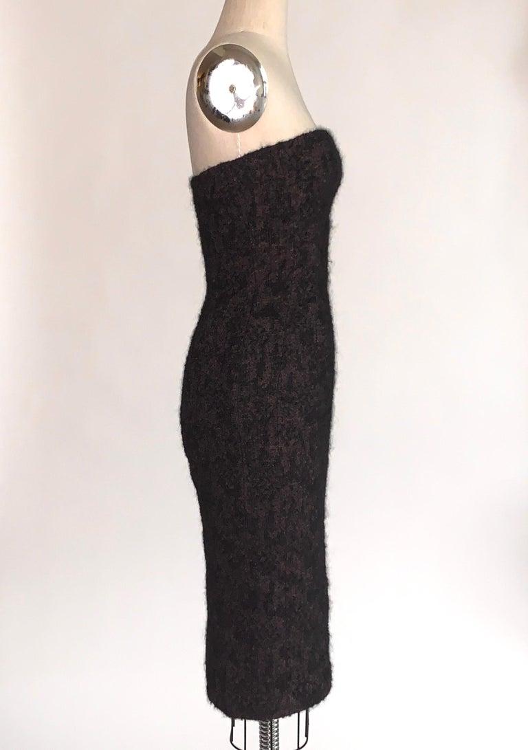 2009 Runway Bottega Veneta Black and Pink Strapless Mohair Boucle Dress For Sale 1